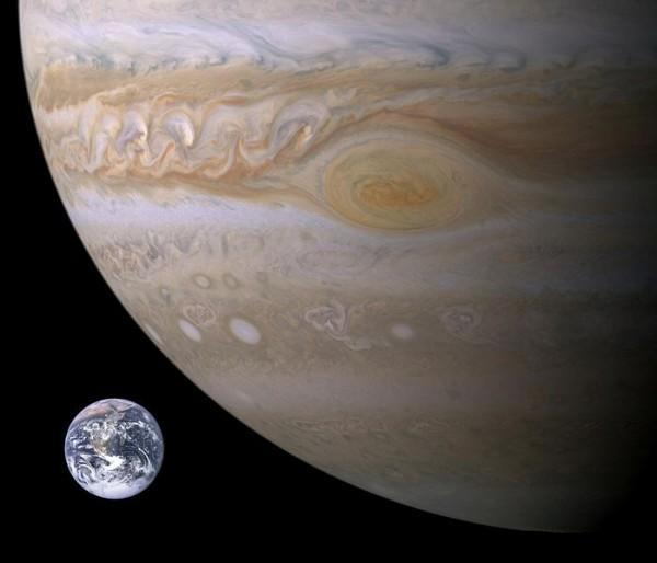 Юпитер – планета Солнечной системы (4 фото)