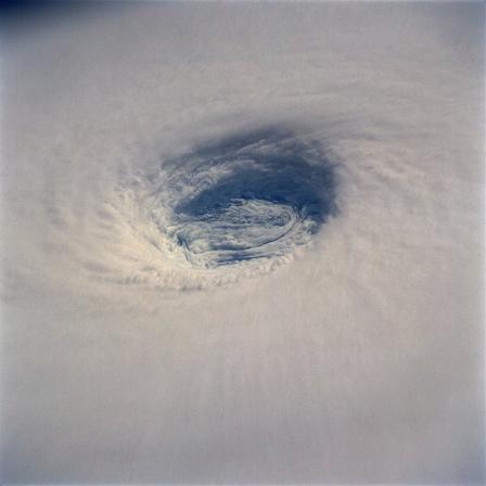 Тайфун Юрий