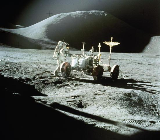 Луноходы на Луне