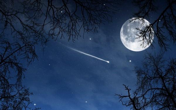 Загадка падающей звезды в созвездии Кита