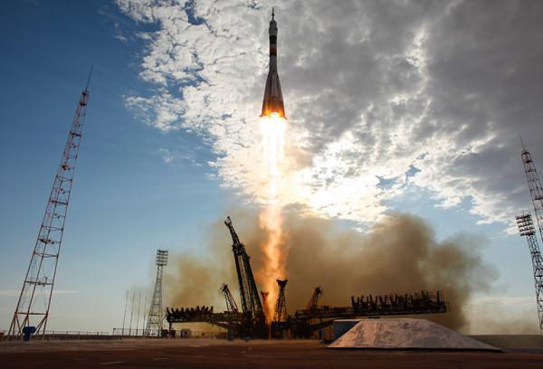 запуск спутников на орбиту