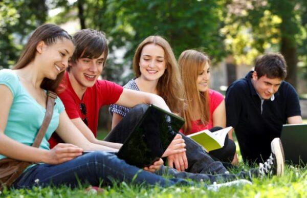 Преимущества изучения иностранного языка с преподавателем в онлайн режиме